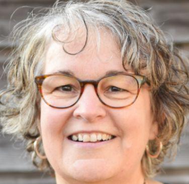 Vervalt : Vrouwenontbijt met spreekster Susanna Versteeg